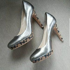 Coach  Layla Signature Heels 7.5